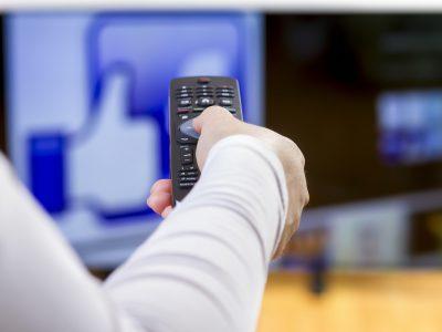 テレビにインターネット接続できる?!スマートテレビとは