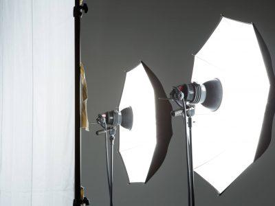 【テレビ局のお仕事情報】照明スタッフの概要と年収