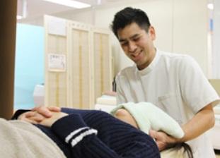 葛飾区たかさごはりきゅう整骨院での首痛施術