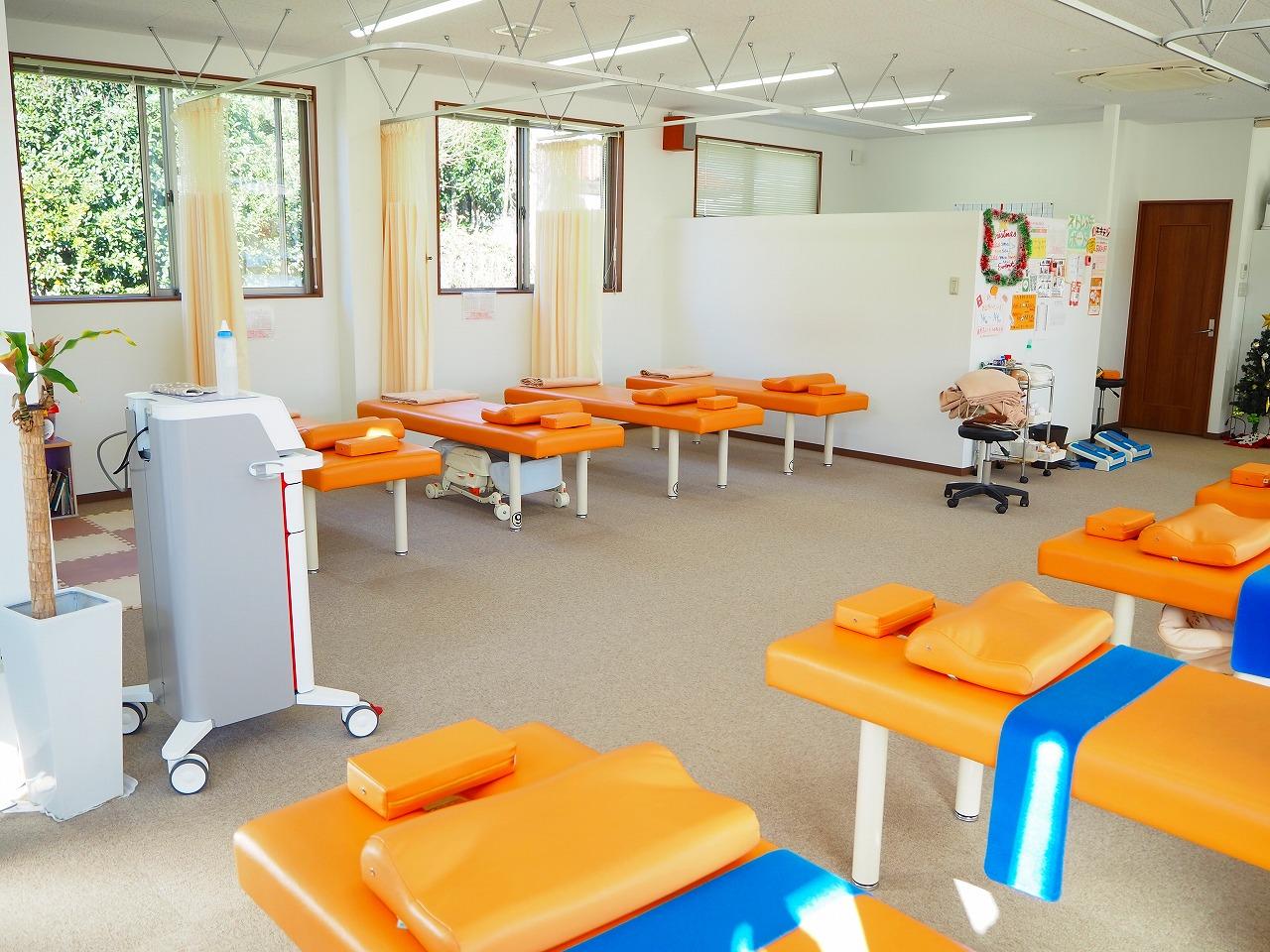 はり・きゅうの施術!急性期・慢性期の痛みに対応。