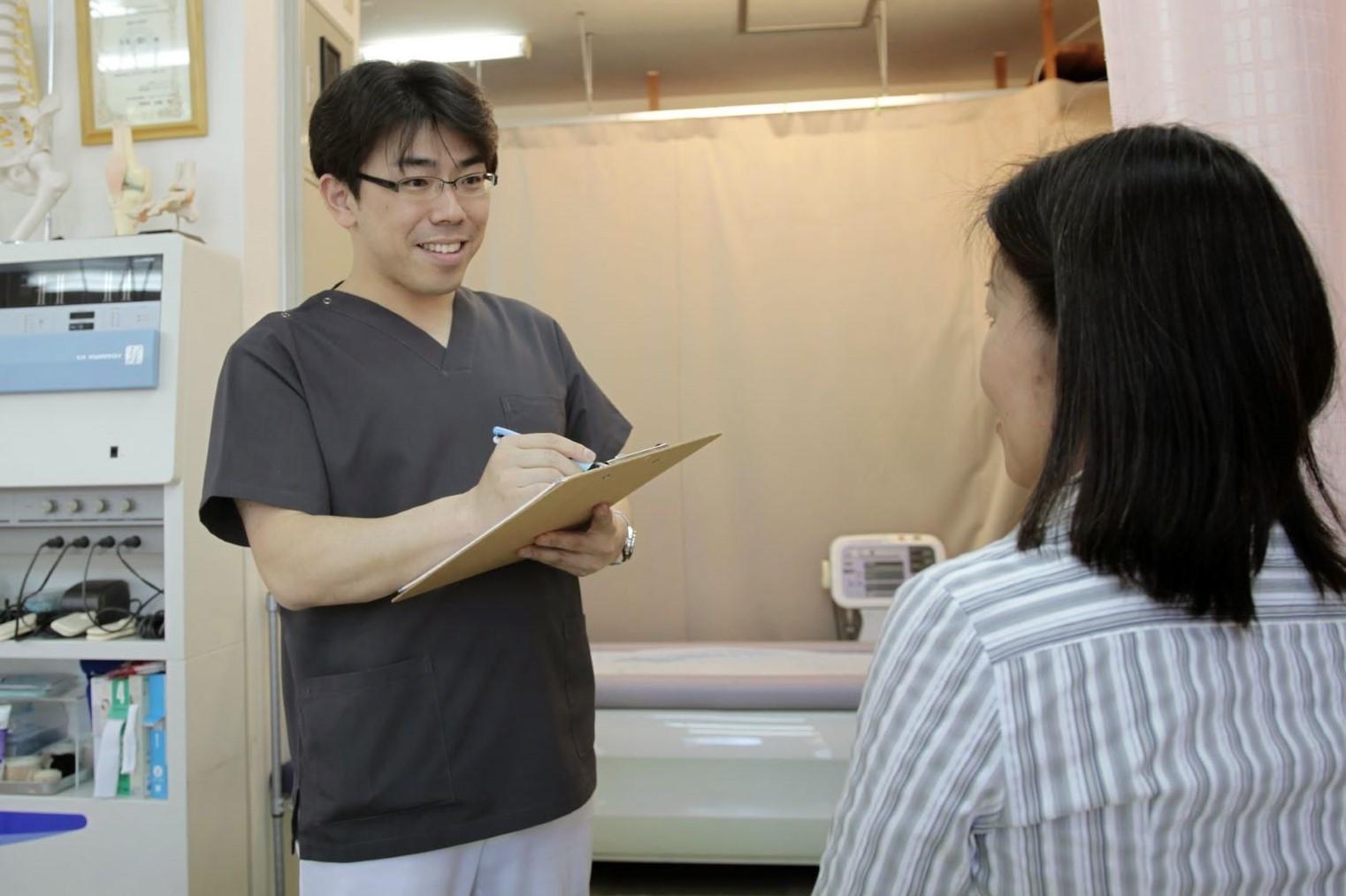 しっかりと問診・検査をしっかりと行ってから施術にあたります。