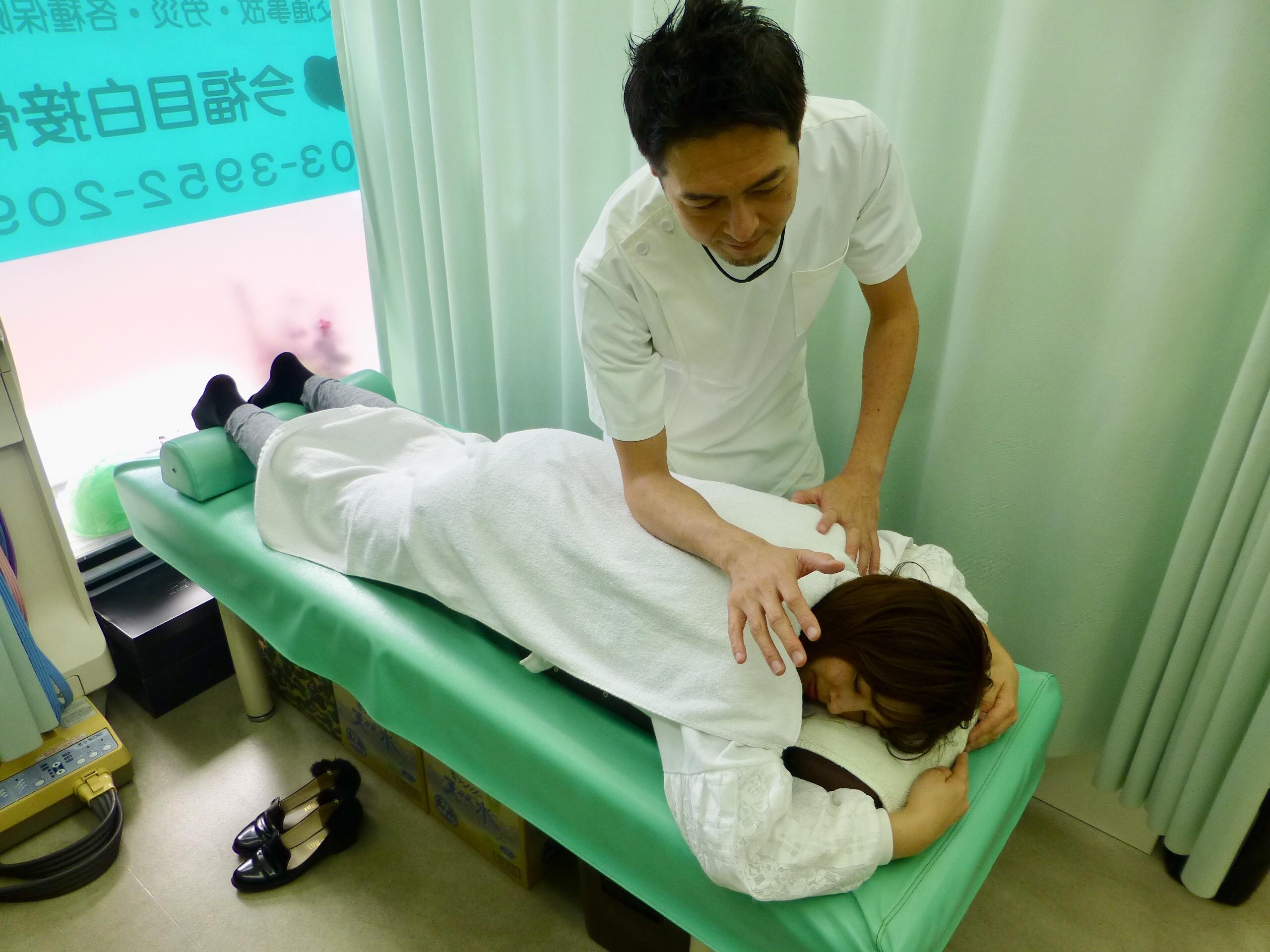 身体の痛みの施術