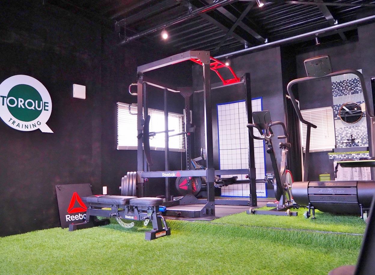 トレーニング施設併設
