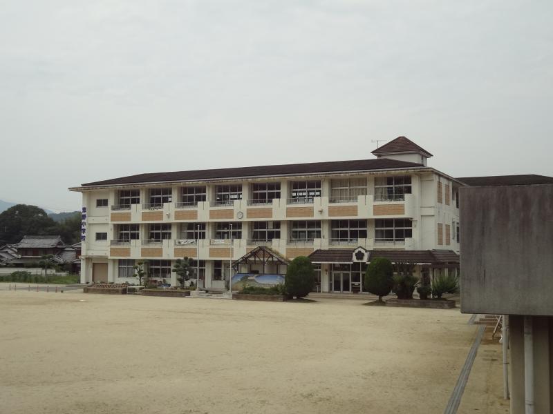 恋野小学校写真