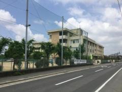 芳田中学校