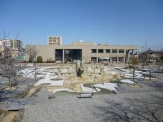 知立市図書館