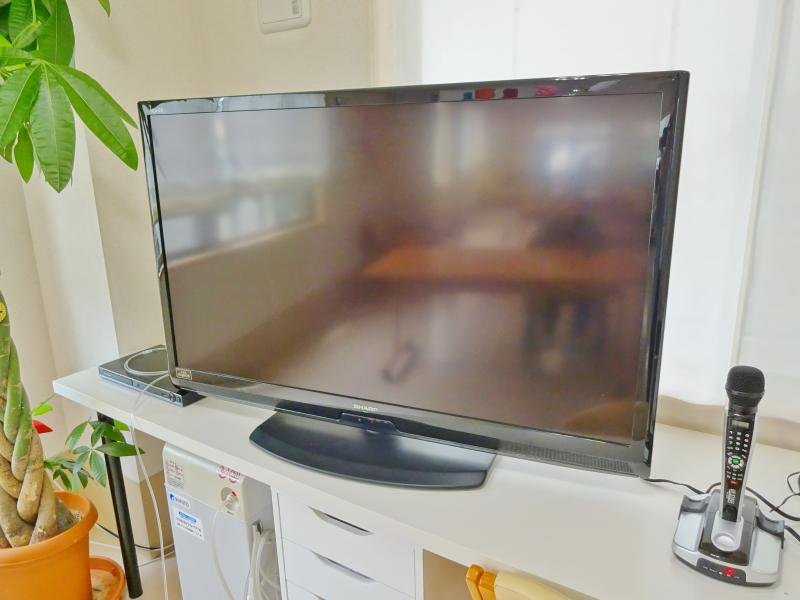 食堂 テレビ