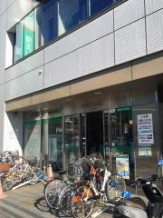 埼玉りそな銀行東川口支店_施設外観