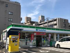 ファミリーマート 泉中央駅前店_施設外観
