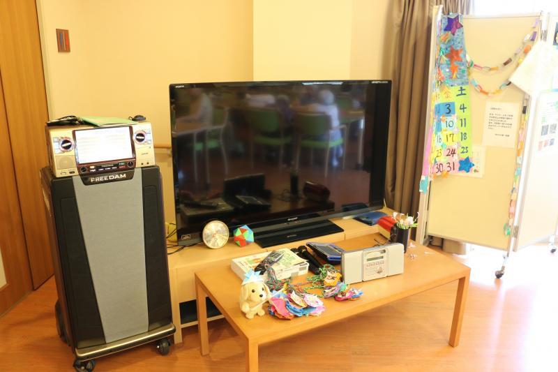 共用テレビ
