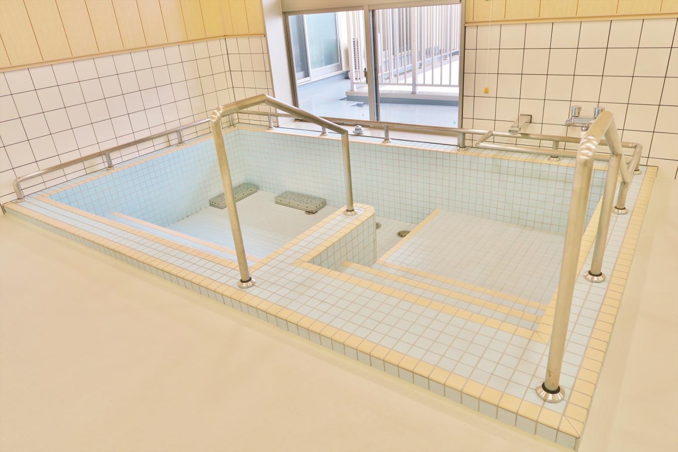 大浴場 浴槽