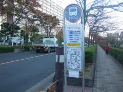 「中川小学校前」バス停留所