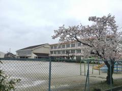 北河田小学校