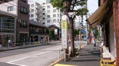「大井本通り」バス停留所