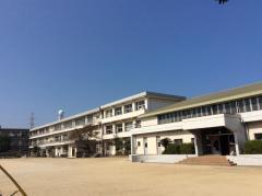 東大分小学校