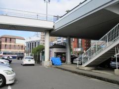 駅レンタカー長崎駅営業所