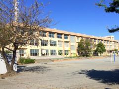 東海岸小学校
