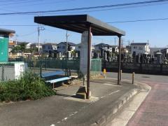 「金田公民館」バス停留所