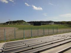 鷹来の森運動公園野球場