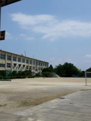 法立小学校