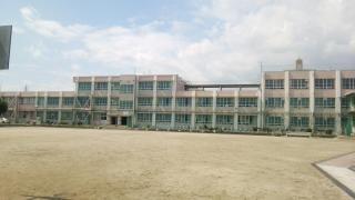 成章小学校