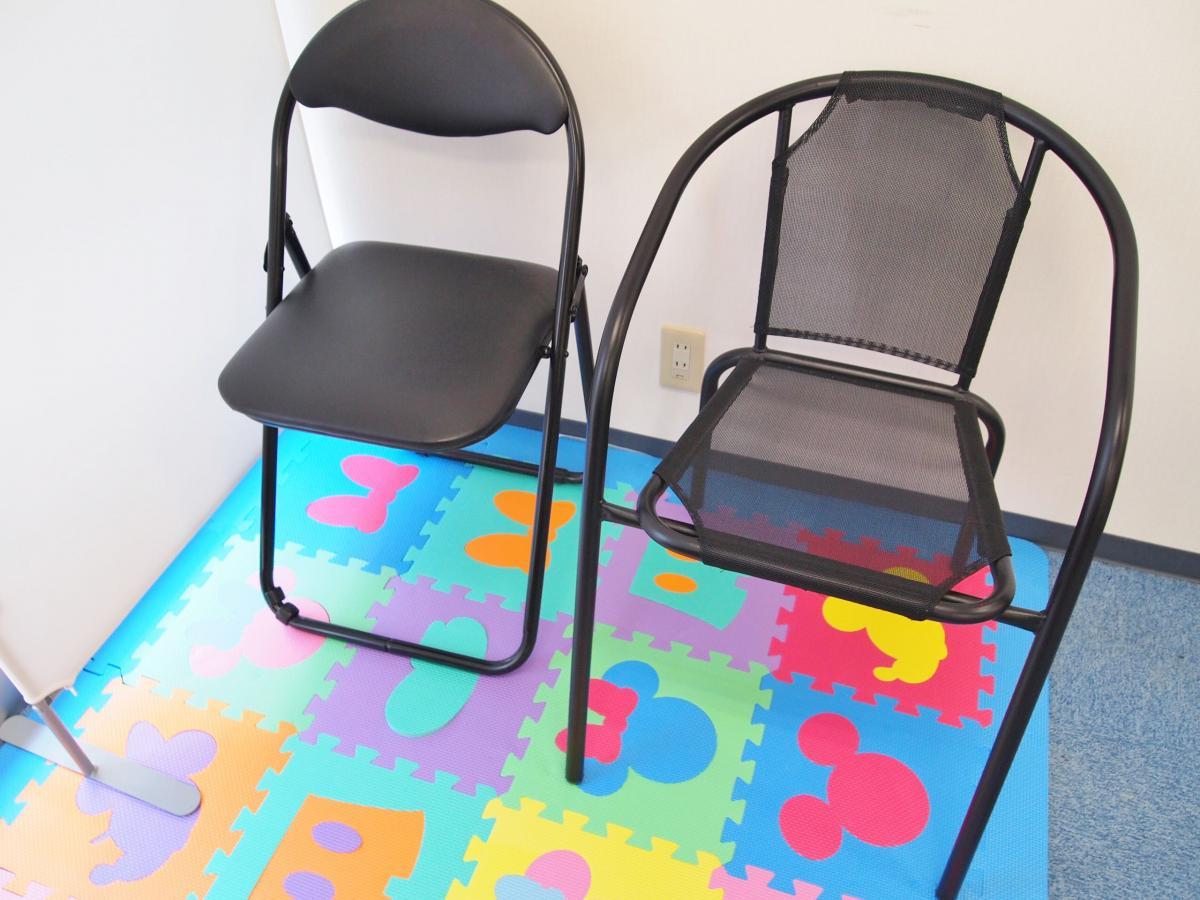 院内 待合椅子