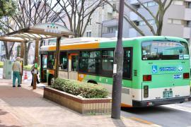 「早大正門」バス停留所