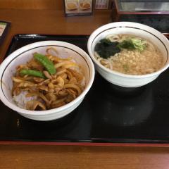山田うどん松戸高塚店