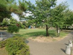 東山河岸緑地