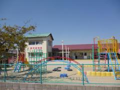 草平保育園