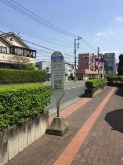 「弁財入口」バス停留所