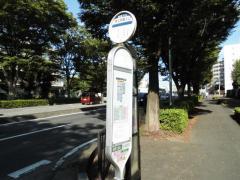 「秩父学園入口」バス停留所