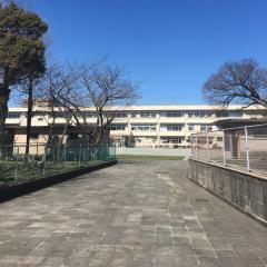 敬和小学校