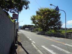 「霊安寺」バス停留所