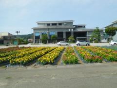 丹生川文化ホール