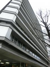 オリックスレンタカー大阪駅前店