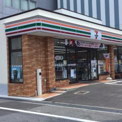 セブンイレブン 枚方市役所前店_施設外観