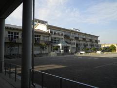高富小学校