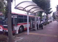 「稲葉地町」バス停留所