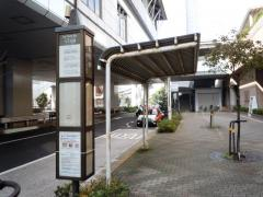 「竹芝桟橋」バス停留所