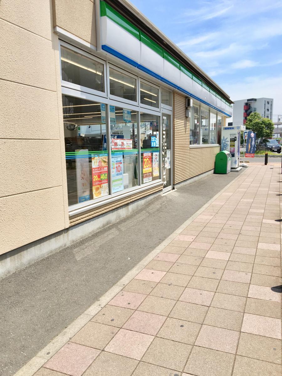 ファミリーマート 武蔵藤沢駅前店_施設外観