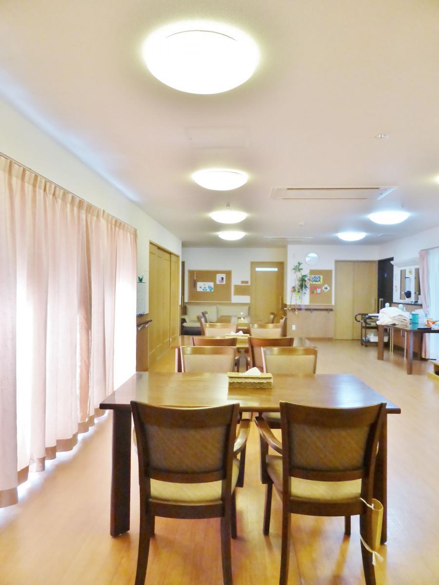 食堂兼共用スペース