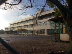 本村小学校