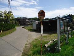 「山小川」バス停留所