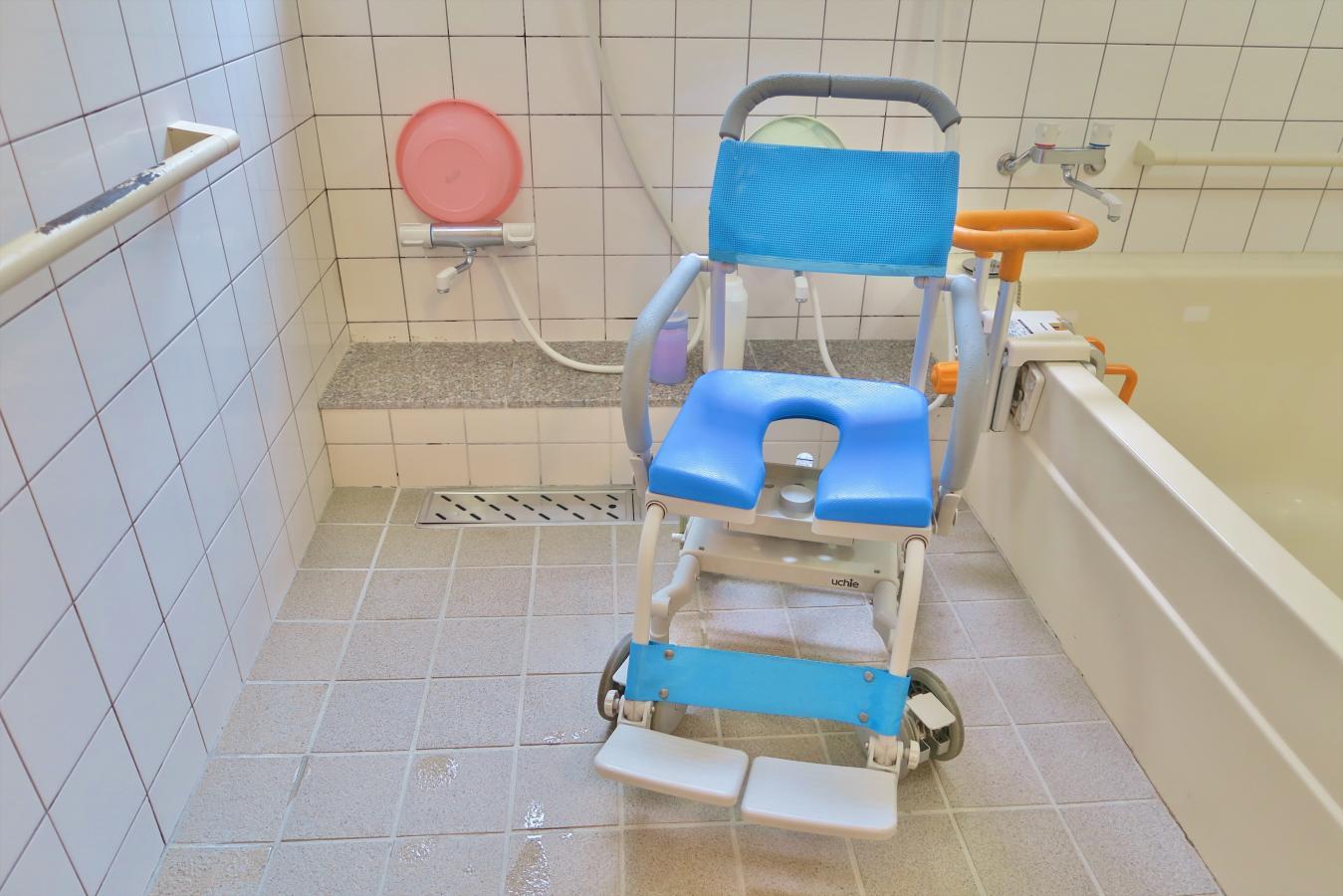 浴室 椅子