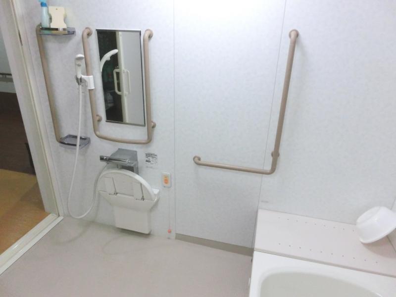 共同浴室洗い場