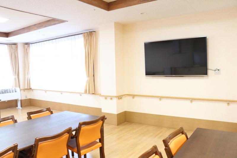 食堂のテレビ