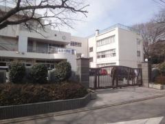 本太小学校