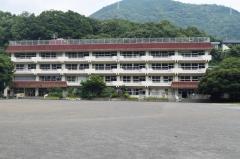 湯本小学校