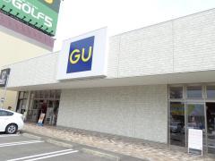 ジーユー香椎フェスティバルガーデン店